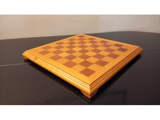 Scacchiera legno con scacchi in legno e bronzo