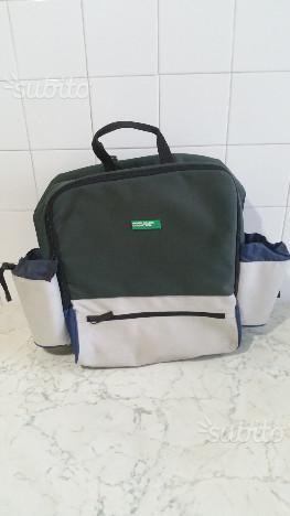 rivenditore online 37615 9a41d Zainetto da pic nic borsa termica di benetton   Posot Class