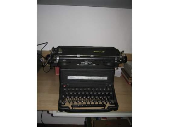 macchina da scrivere da collezione Euro 120