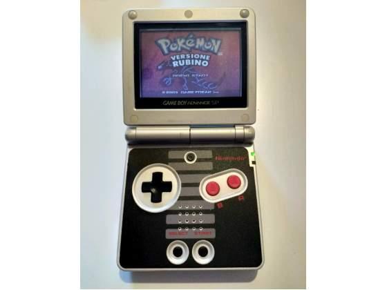 Nintendo Game Boy Advance SP Edizione NES Classic Limited