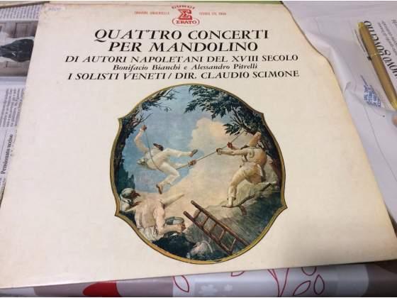 Quattro concerti per mandolino Di autori napoletani