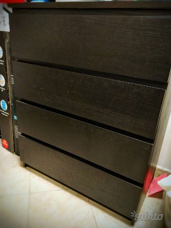 Malm Cassettiera 4 Cassetti.Cassettiera Malm 6 Cassetti Offerta Posot Class