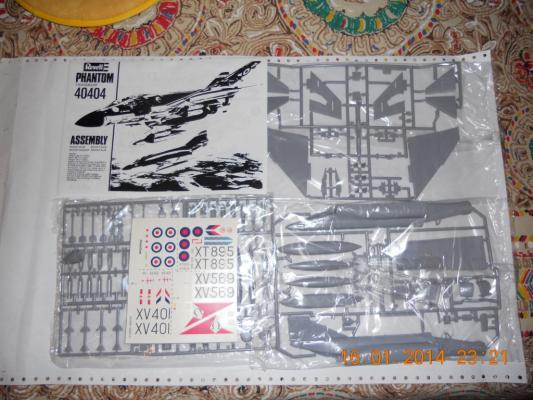 N.13 kits di aerei REVELL 1:72