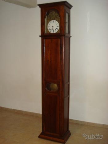 Orologio a pendolo in ciliegio fine '700