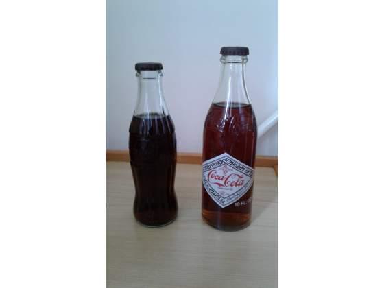 2 Vecchie bottiglie Coca Cola (in vetro)