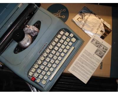 ANTARES COMPACT 26 macchina da scrivere da collezione