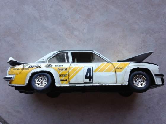 Modellino Opel Burago