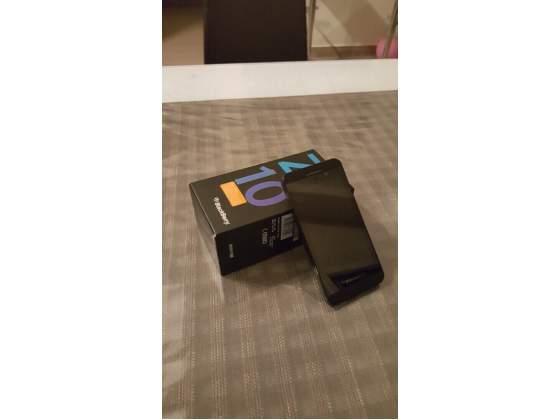 Blackberry Z10 con scatola per pezzi di ricambio