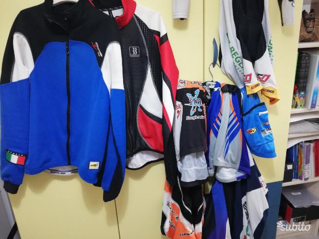 Stock Abbigliamento ciclismo