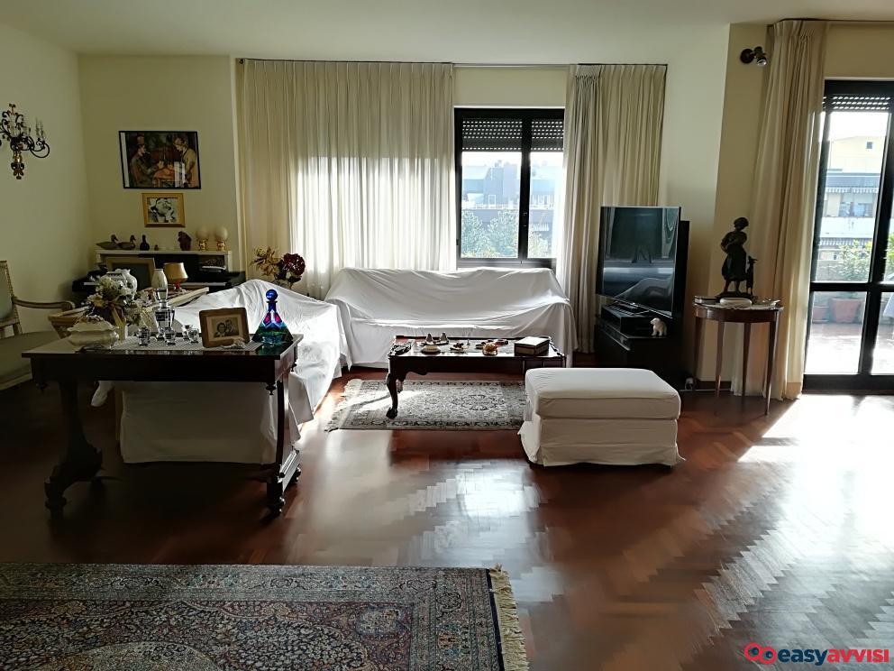 Appartamento 5 vani 180 mq, provincia di prato