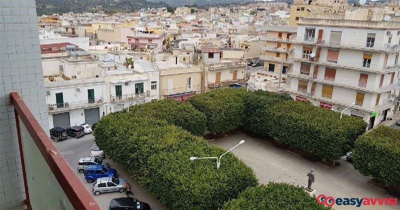 Appartamento 7 vani 200 mq, provincia di siracusa
