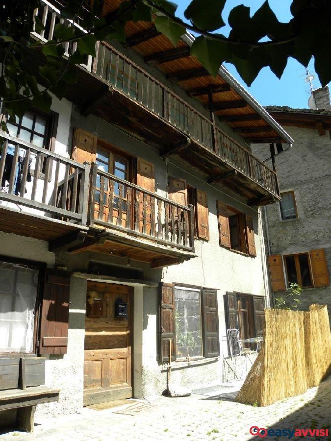 Appartamento 8 vani 265 mq, valle daosta