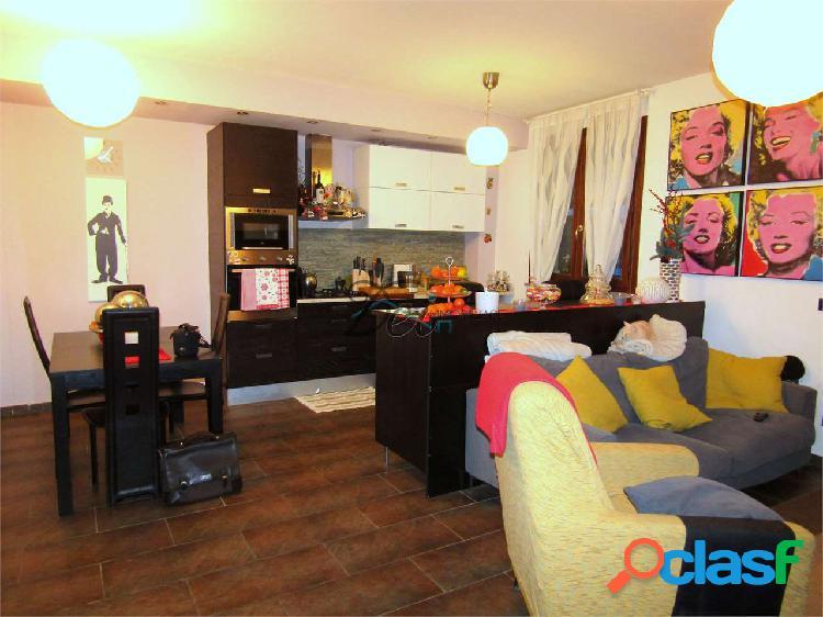 Appartamento duplex al primo piano con terrazza