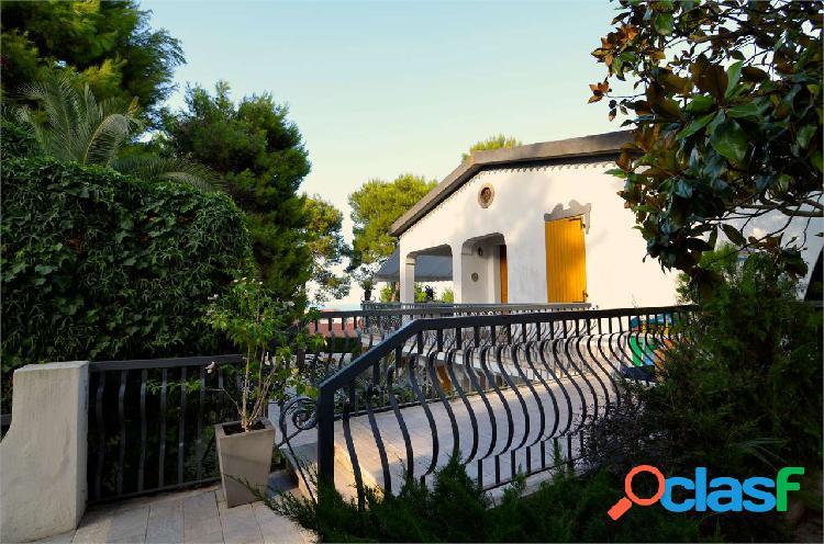 Appartamento in vendita a Marcelli con vista mare