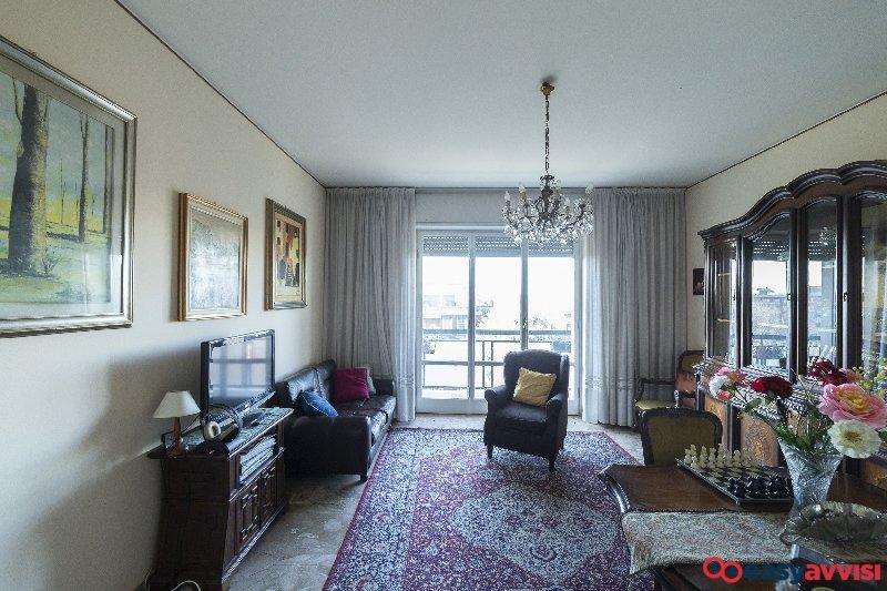 Appartamento trilocale 100 mq, citta metropolitana di milano