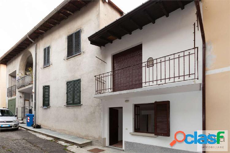 Porzione di casa in vendita a Varese