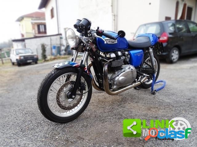 Triumph Thruxton 900 benzina in vendita a Novara (Novara)