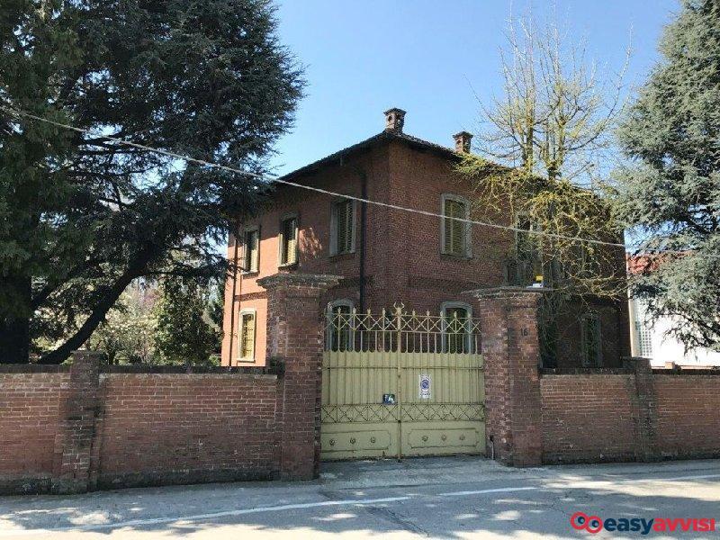 Villa 460 mq arredato, citta metropolitana di torino