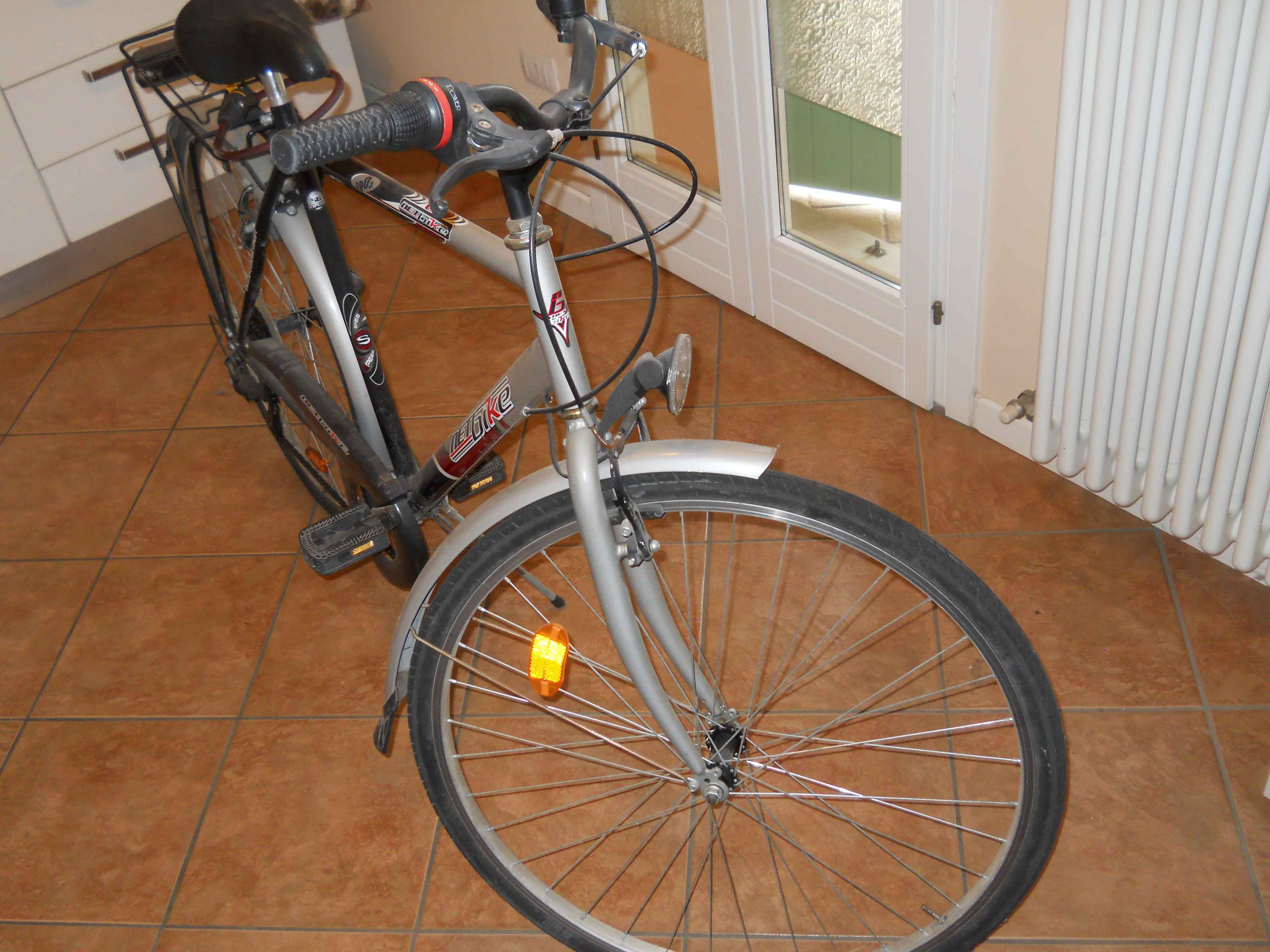 BICICLETTA CITY BIKE UOMO 28""