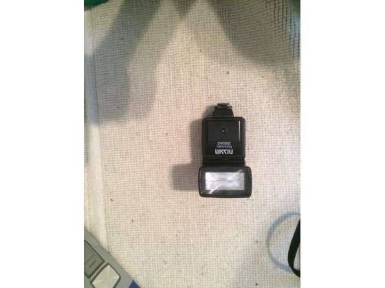 Macchine fotografiche x-minolta con obbiettivi