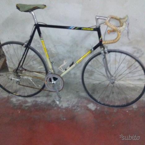 Bicicletta da corsa vintage baldolini
