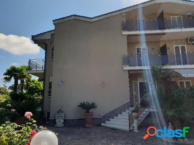 Borghesiana Villa 250MQ+400 GIARDINO € 480.000 T507