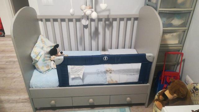 Cameretta neonato armadio fasciatoio e posot class - Cameretta neonato ikea ...