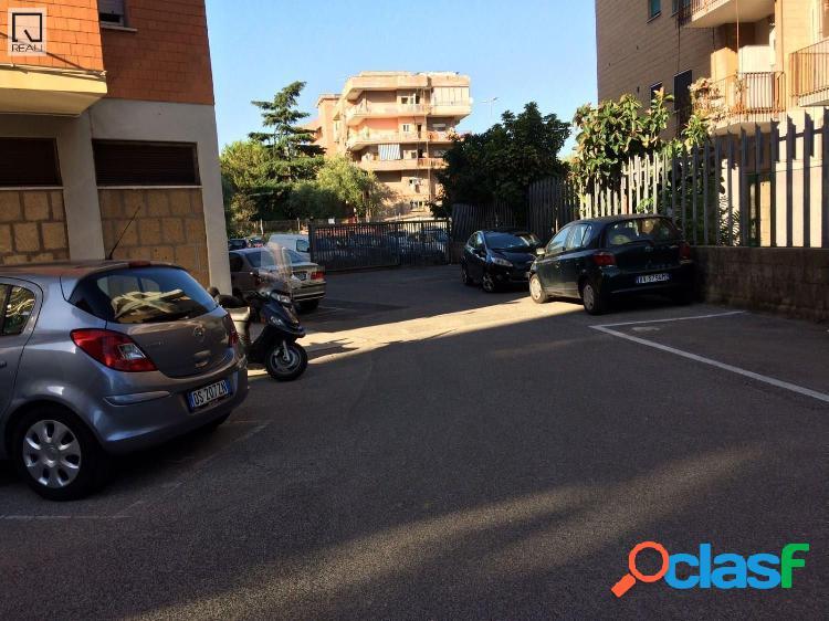 Magliana - posto auto scoperto x 1 locali € 13.000 T107