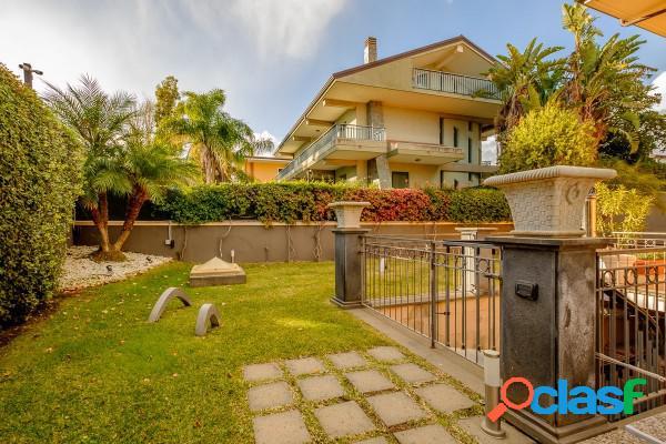 San Giovanni la Punta Villa 12 Locali 419.000 EUR T1201