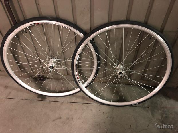 Cerchi da 28 per bici corsa o fixed