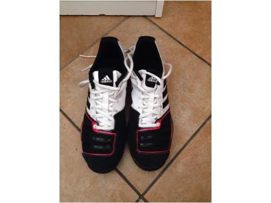 Vendo scarpe Adidas Dartagnan 5 n 38,5 Blu e bianche usate