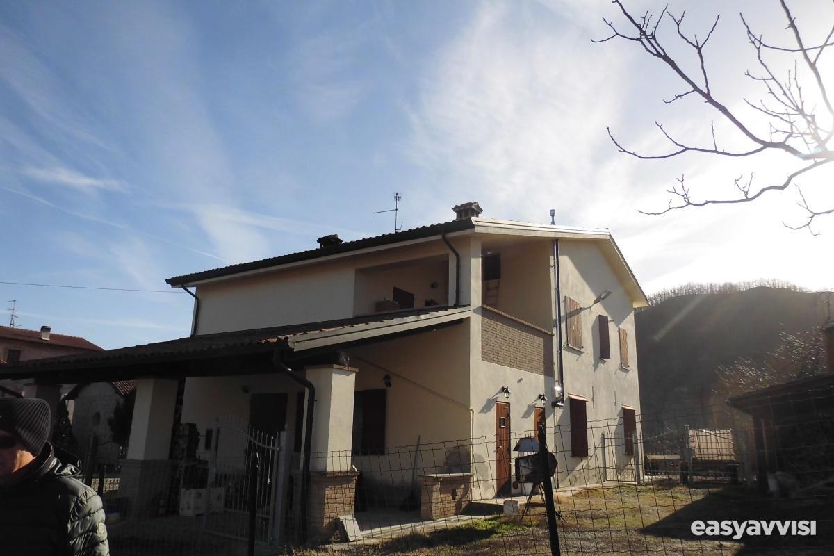 Casa indipendente 150 mq arredato, provincia di parma