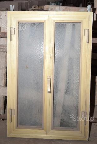 Finestra alluminio 65 x 102