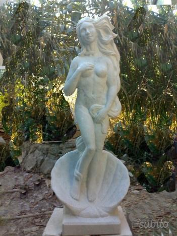 Statua in marmo di carrara