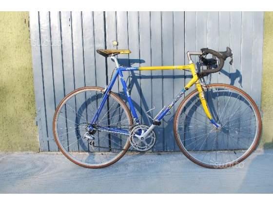 Bici corsa campagnolo greg lemond