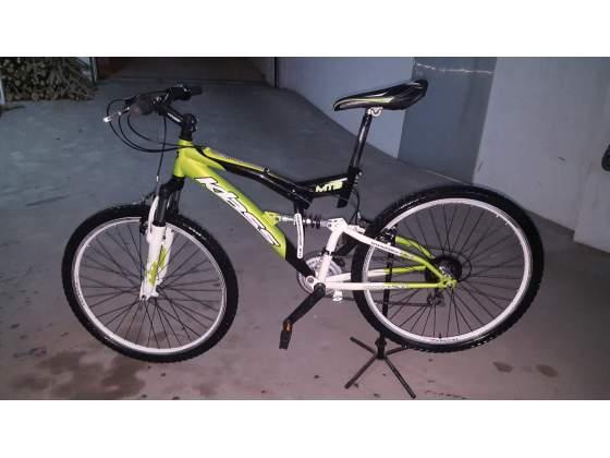 Bicicletta Mountain bike