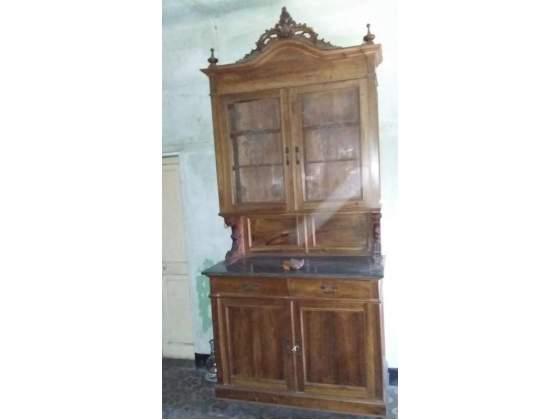 Credenza Antica Con Marmo : Antica credenza in noce ripiano marmo vetri posot class