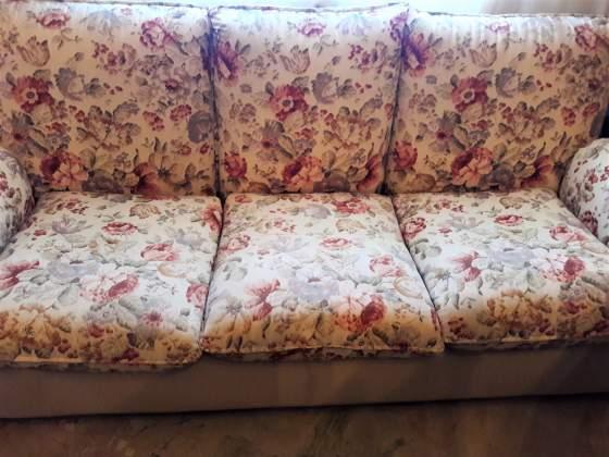 Divano regalo posot class for Regalo divano letto