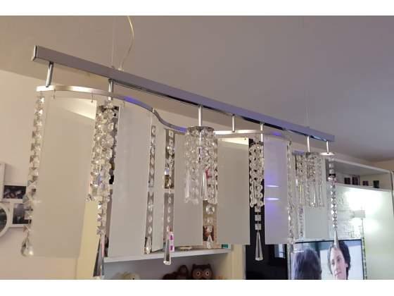Vendo stupendo lampadario con cristalli