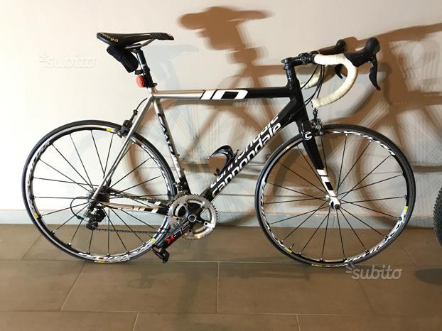Bicicletta Da Corsa: Cannondale CAAD 10