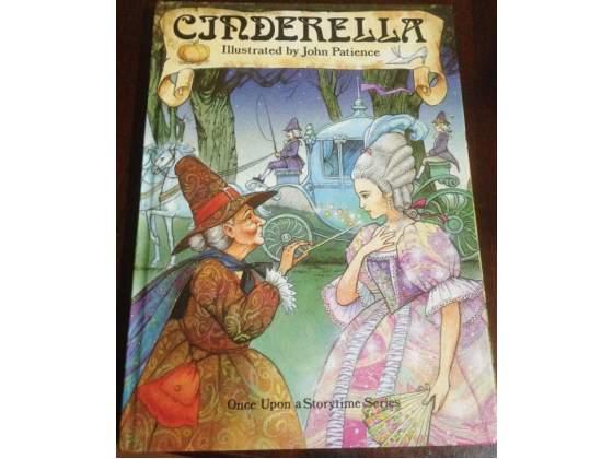 Cinderella illustrato da Patience in inglese