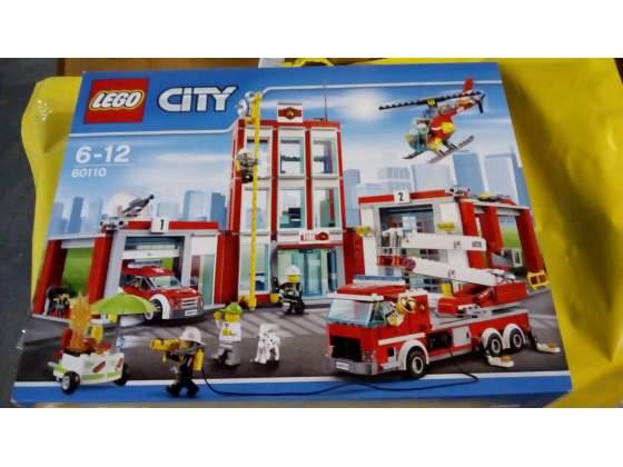 Lego city  caserma dei pompieri nuovo misb