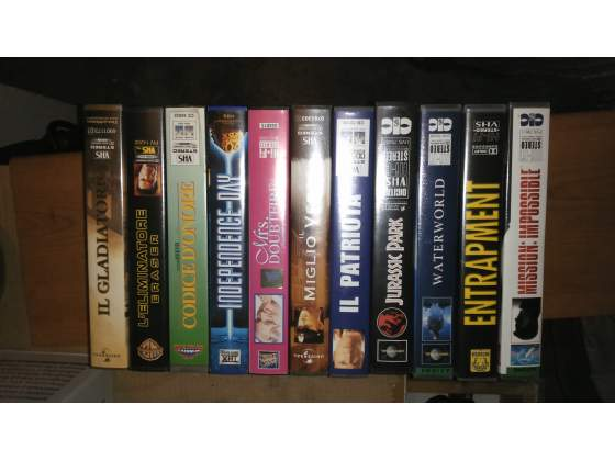 10 film vhs originali