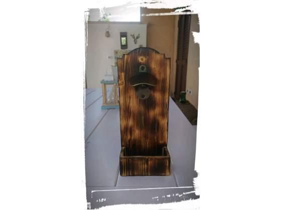 Apribottiglie da parete in legno