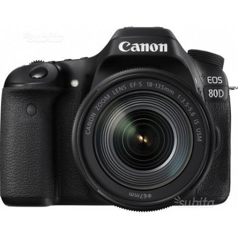 Canon reflex eos 80d  is nuovo