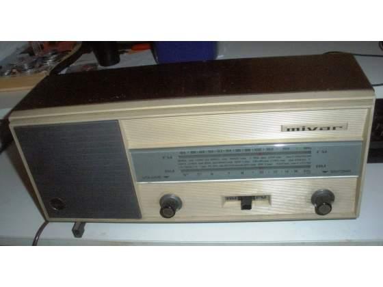 Due radio Mivar anni 60 e 70