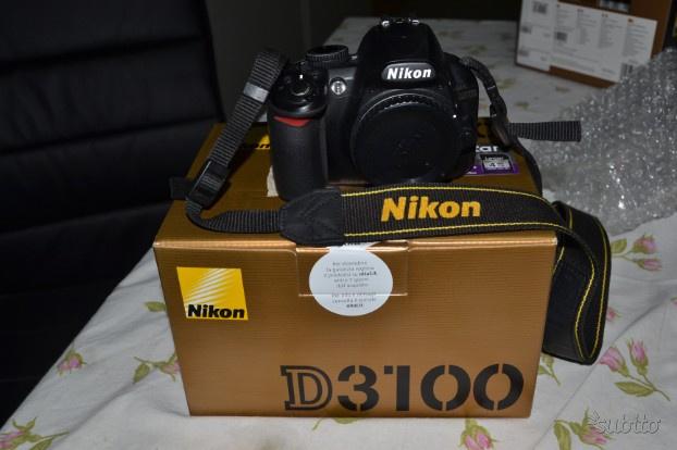 Fotocamera Nikon D  (corpo macchina)