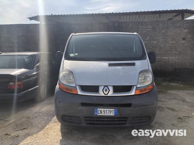 Renault traffic 9 posti, provincia di brindisi