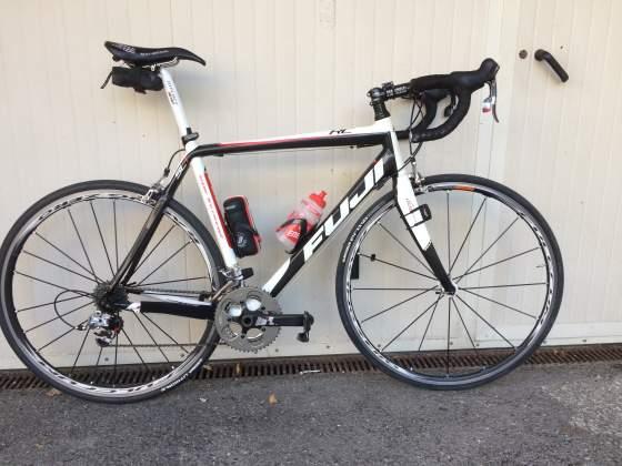 Bici da corsa Fuji RC Carbon C10