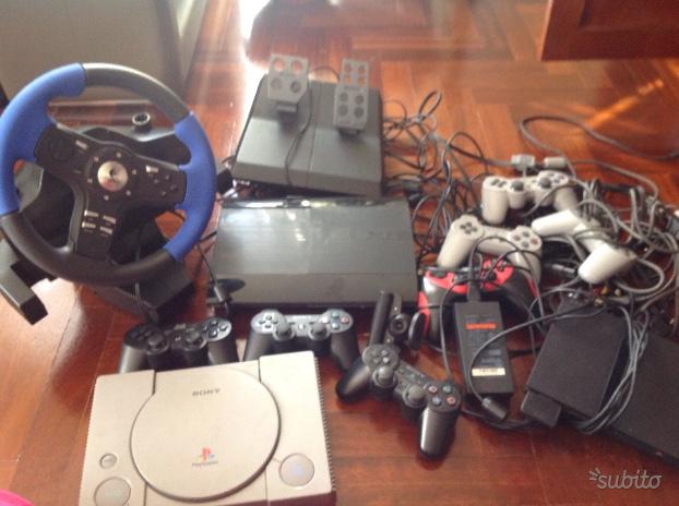PS 3 e 2 con accessori e giochi